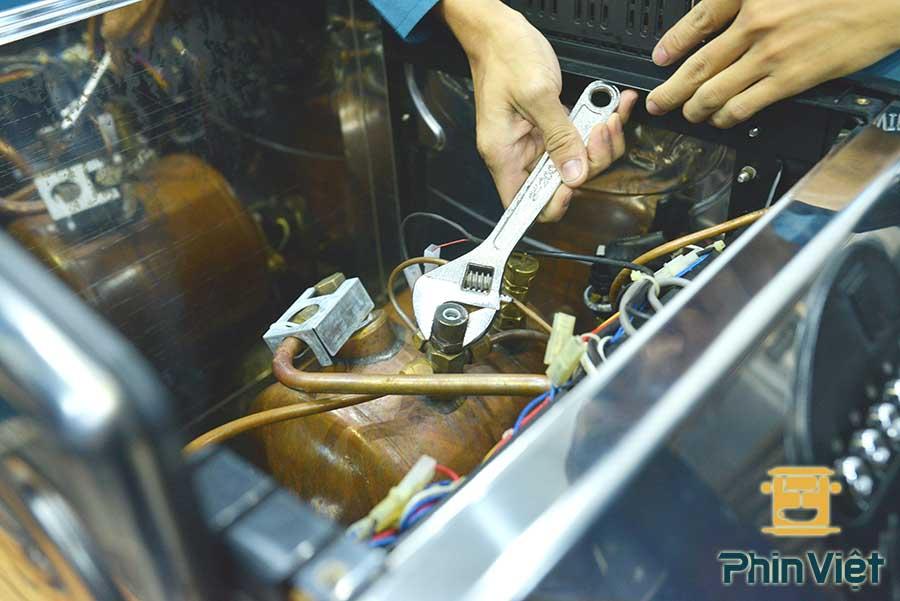 Sử dụng sai nguồn điện làm giảm tuổi thọ máy pha