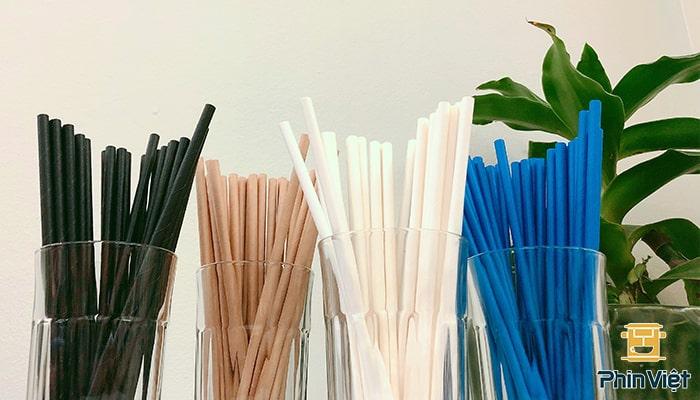 Ống hút giấy đang dần thay thế các loại ống hút nhựa thông thường