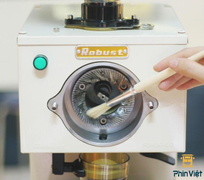 Thiết kế đĩa xay bằng thép cứng giúp xay cafe nhanh