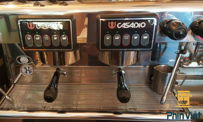 Máy pha cà phê cũ Casadio